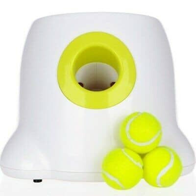 Best Tennis Ball Launchers for Dogs - Play Fetch the EASY way 1